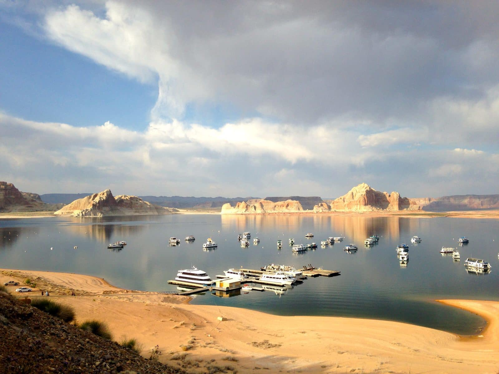 meet lake powell singles Arizona kayaking club & outdoor adventure group the best places to kayak in arizona:  arizona kayaking trip on lake powell: august  east valley singles skiing.